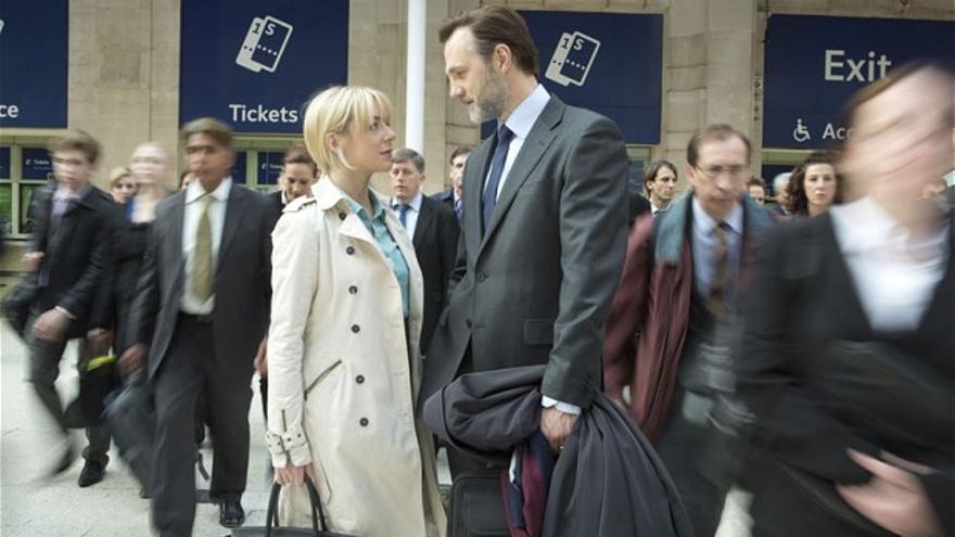 Un fotograma del primer episodio de 'The 7.39' (BBC One), protagonizado por Sheridan Smith y David Morrissey.