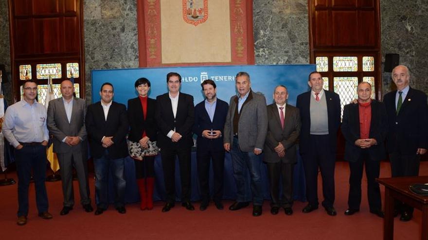 Organizadores de las pruebas deportivas y representantes de las administraciones implicadas.