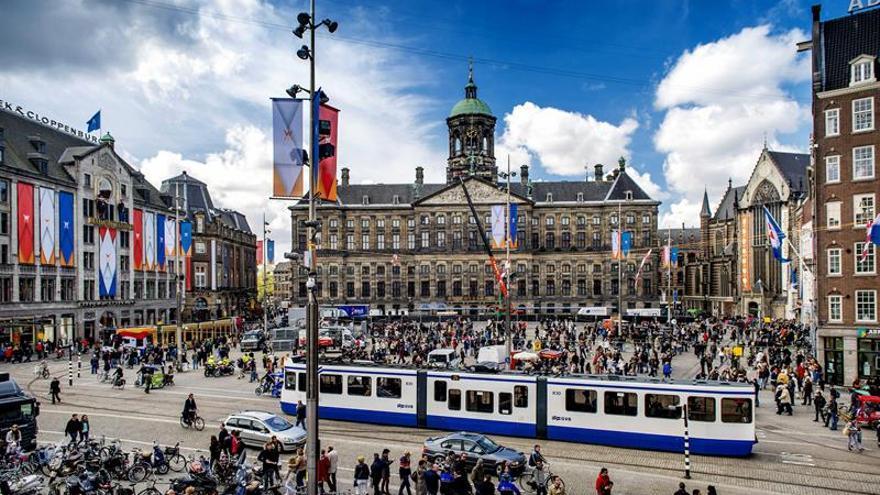 Amsterdam estudia prohibir los alquileres vacacionales en los barrios del centro