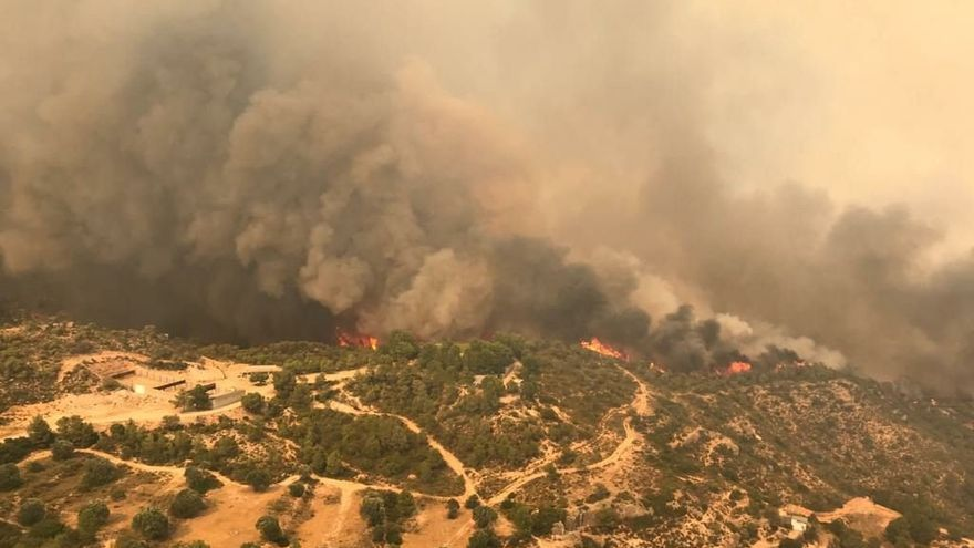 Un incendio quema 2.500 hectáreas en la provincia de Tarragona