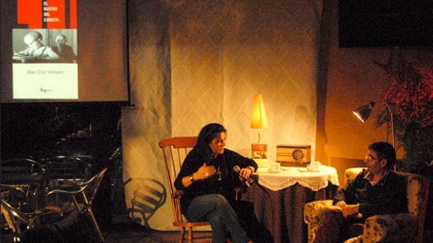 Mari Cruz Vázquez, presentando su libro