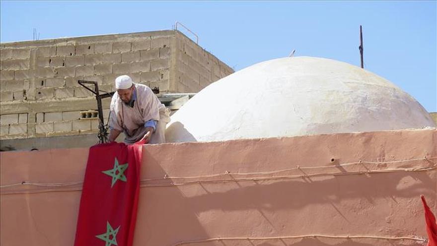 El Aaiún, engalanada con colores marroquíes, espera la visita de Mohamed VI