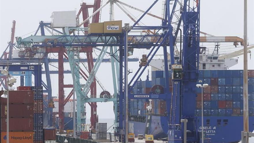 Los puertos afrontan tres nuevos días de huelga sin acuerdo entre las partes