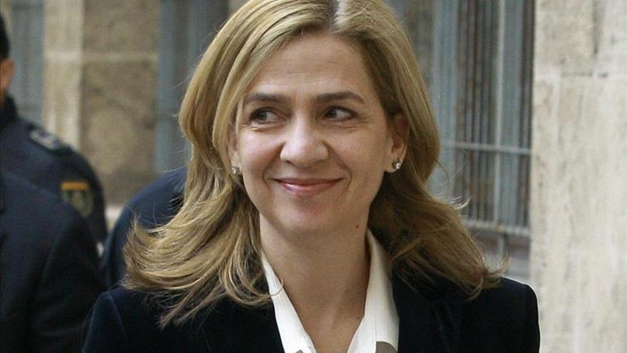 Barcelona mantiene la medalla de oro a la infanta Cristina
