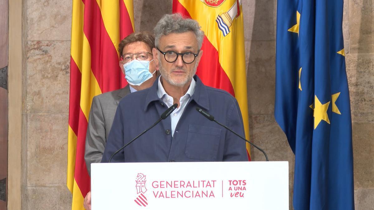 El comisionado de presidencia para la Salud Mental, Rafael Tabarés, junto al presidente de la Generalitat, Ximo Puig, durante la presentación del plan de choque.