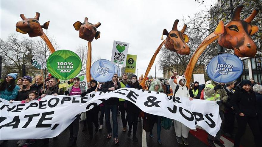 Miles ciudadanos de todo el mundo urgen a un acuerdo contra cambio climático