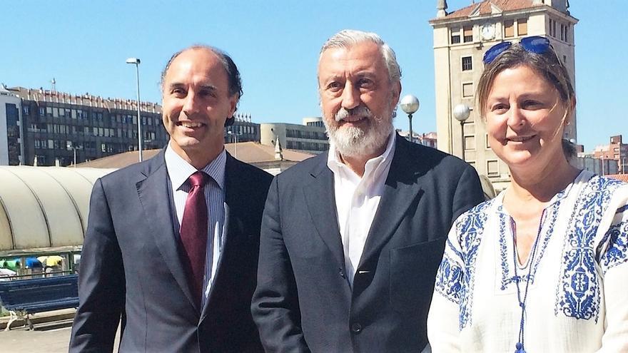 Gómez-Pomar garantiza que si PP gobierna invertirá en reducir tiempos del tren Santander-Bilbao