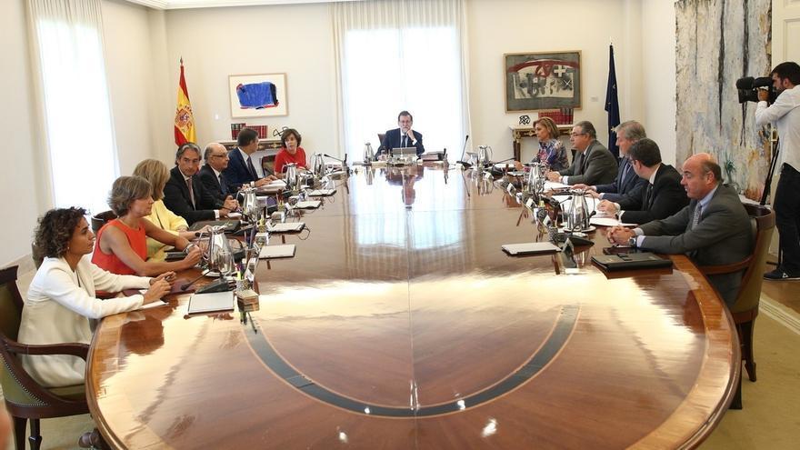 El Gobierno pide al TC que avise también a los medios públicos catalanes cuando suspenda la organización del referéndum
