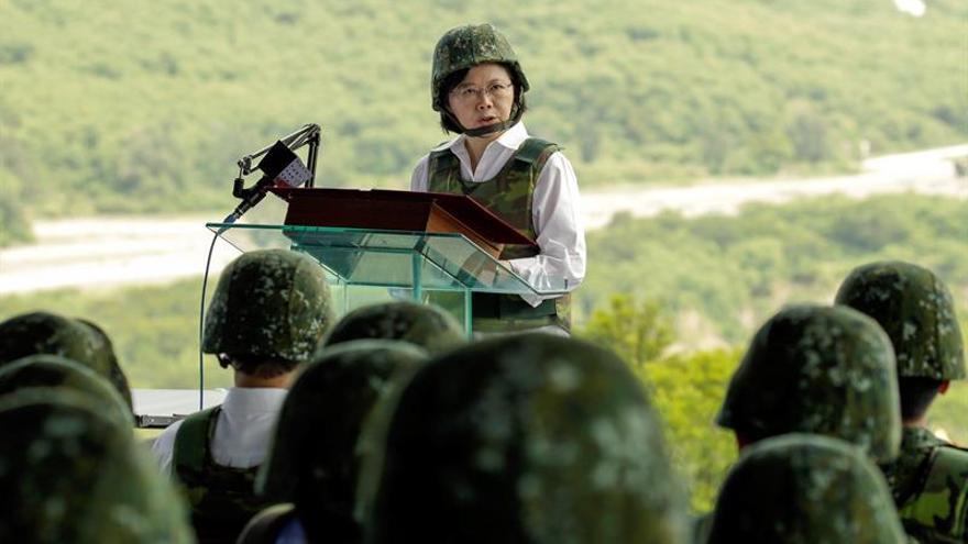 La presidenta taiwanesa promete una nueva estrategia militar y una reforma de las pensiones