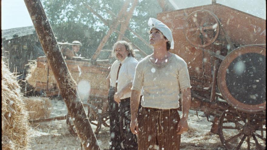 Adriano Tardiolo interpreta a Lazzaro, un campesino particular
