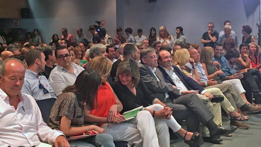 El president Ximo Puig junto a Miquel Iceta en la conferencia organizada por el PSC