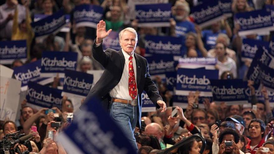 Dimite el gobernador de Oregón, el demócrata John Kitzhaber