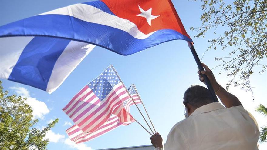 El exilio propone a todos los cubanos un plan para el renacimiento de Cuba