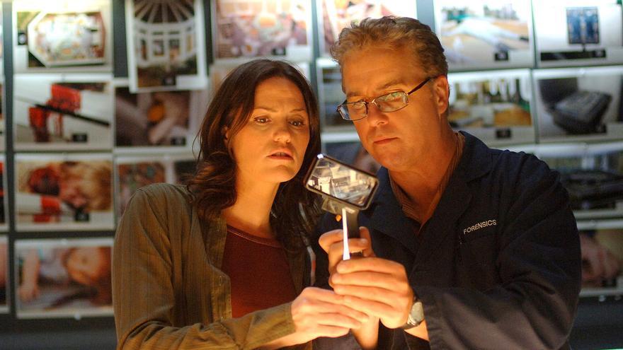 William Petersen y Jorja Fox en 'CSI Las Vegas'