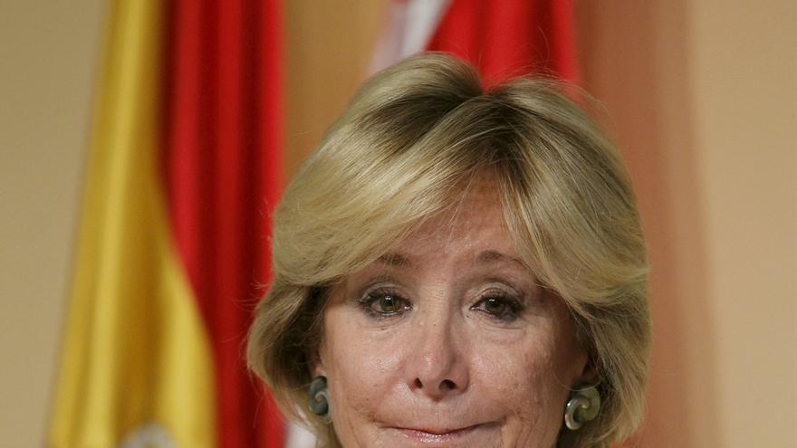 Esperanza Aguirre dimite como presidenta de Madrid y le sustituirá Ignacio González