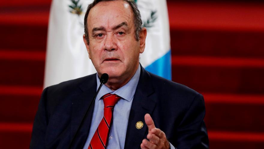 El presidente de Guatemala convoca a la unidad en el bicentenario de la independencia