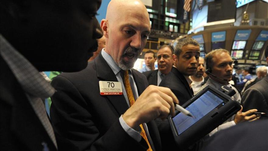 Wall Street baja un mínimo 0,01 por ciento en la apertura