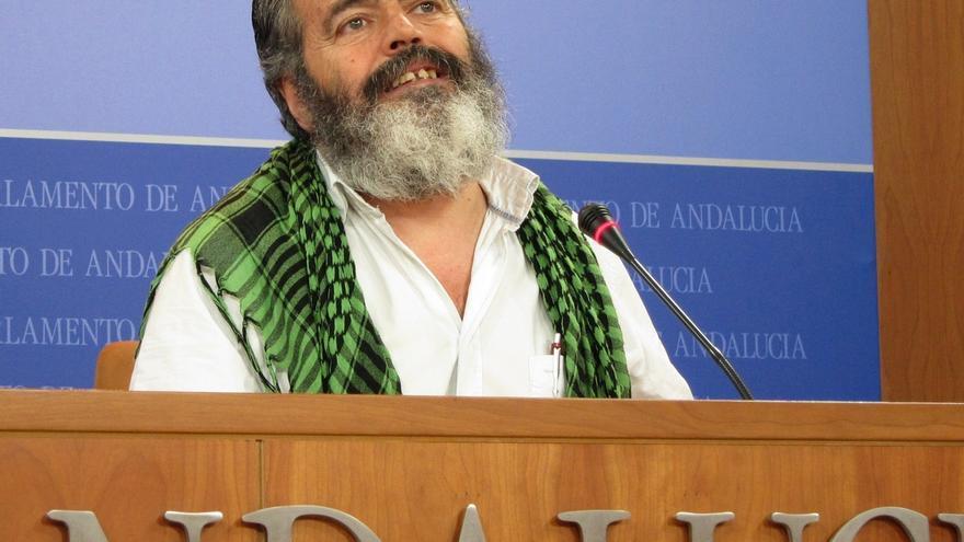 Sánchez Gordillo presenta in extremis su renuncia al escaño y evita ser expulsado por el Parlamento andaluz