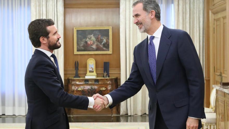 El rey Felipe VI recibe en audiencia al presidente del Partido Popular, Pablo Casado