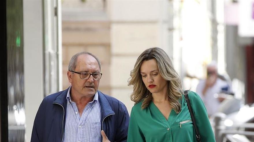 Díaz afronta una apretada agenda tras formalizar su precandidatura al PSOE