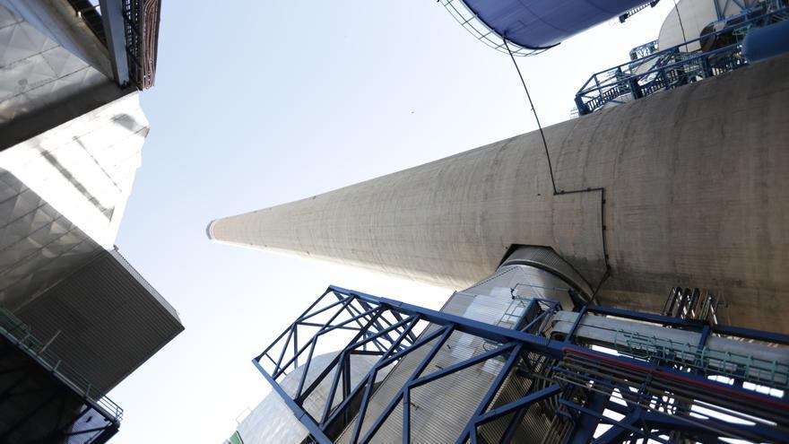 La mayor batería instalada de España permitirá a la Central de Carboneras (Almería) adaptarse a las necesidades del sistema eléctrico sin alterar su ritmo de generación.