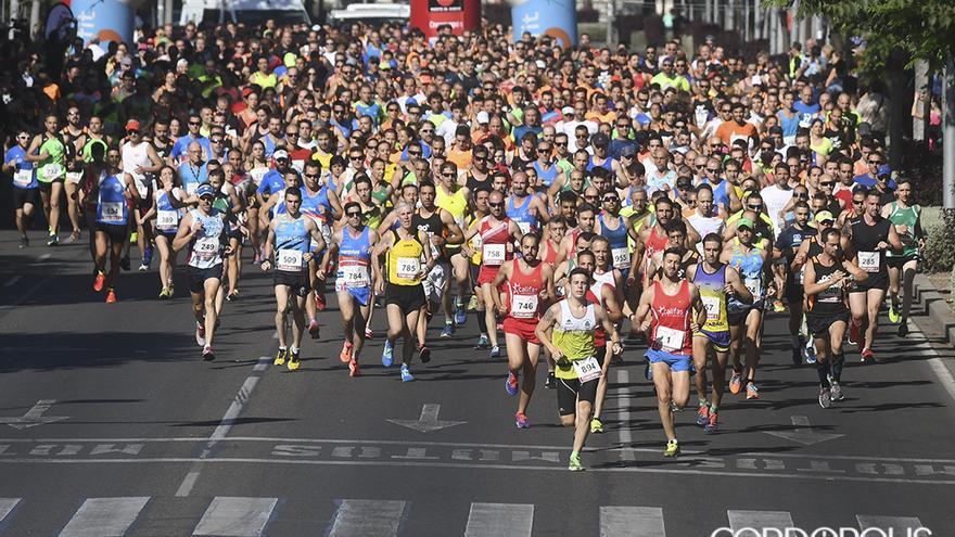 Atletas en la Carrera Popular Go Fit en su edición de 2017 | TONI BLANCO