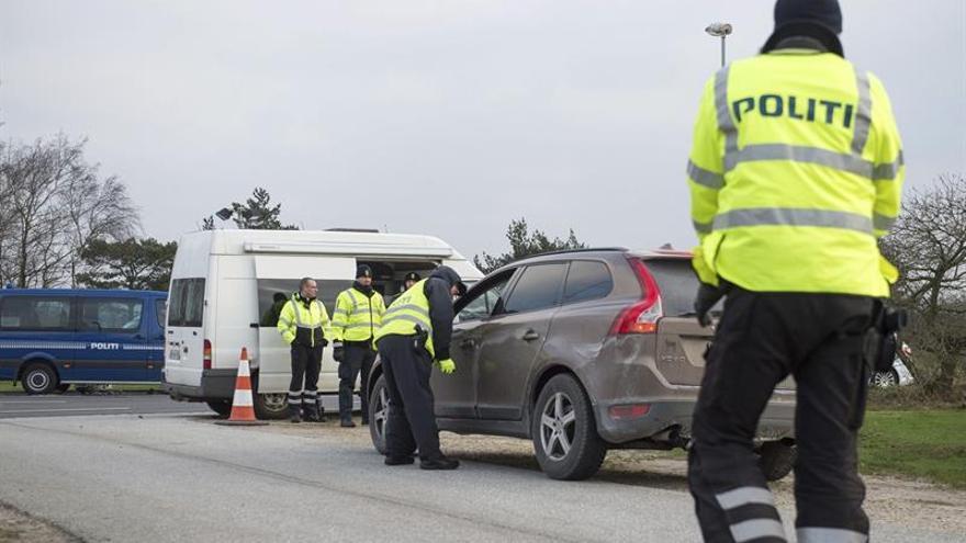Suecia prolonga seis meses los controles fronterizos por amenaza terrorista