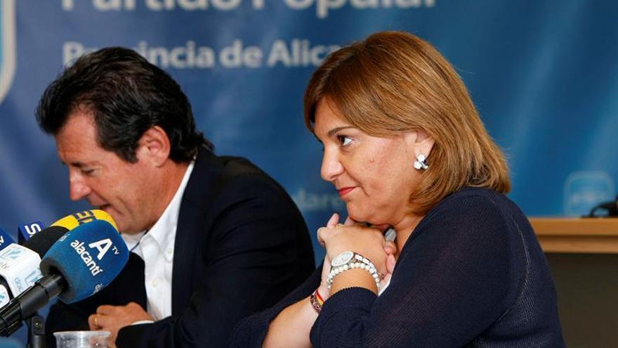 Bonig defiende legalidad de sus contratos menores y dice que con Puig hay más