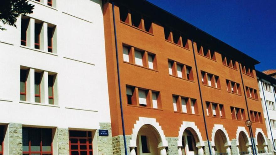 En la segunda planta del Hospital de Liencres se encuentran ingresados 35 pacientes de Medicina Interna.