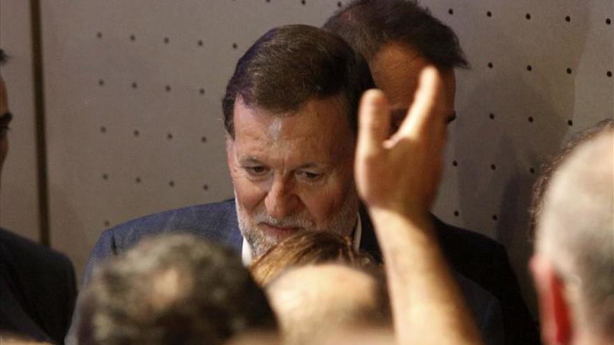 Rajoy fue atendido por su médico de campaña, que solo le aplicó una pomada