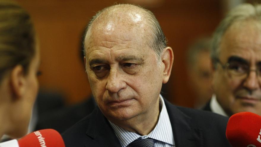 """Fernández Díaz ensalza a la """"policía patriótica"""" por desarticular una célula que amenazaba la seguridad de Europa"""