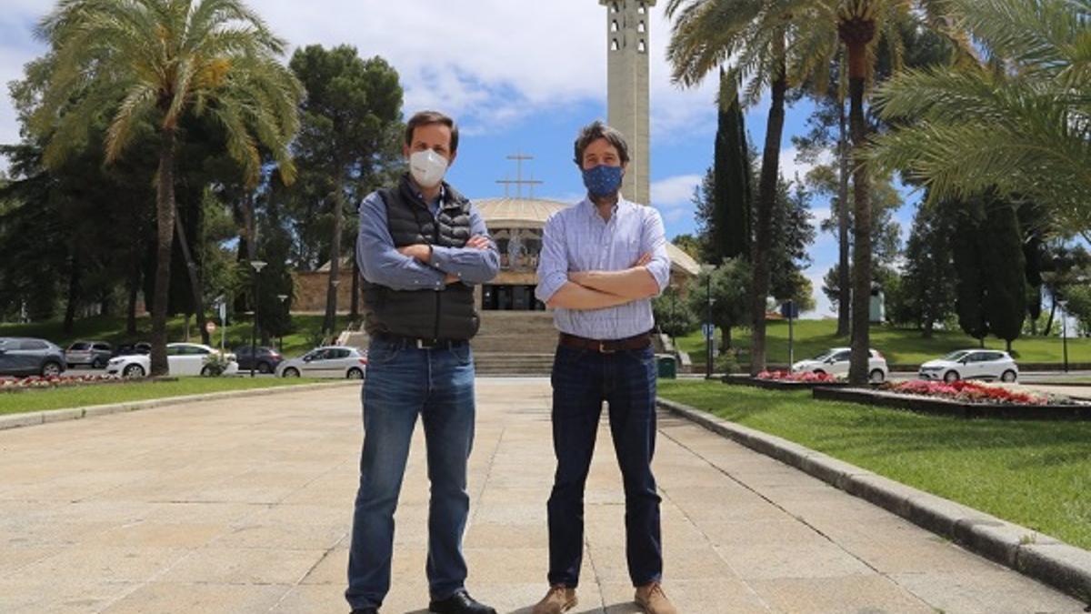 Los investigadores del estudio, Antonio Hayas y Tom Vanwalleghem.
