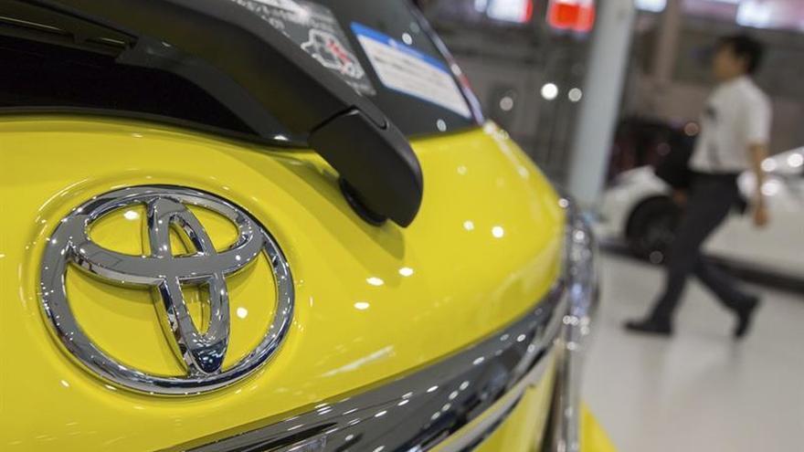 Toyota ganó 8.207 millones de euros en primer semestre fiscal, un 24,8% menos