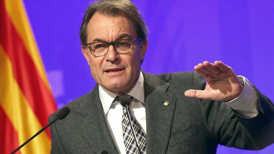 "Mas se abre a dialogar con otro Gobierno que no ""intervenga"" la Generalitat"