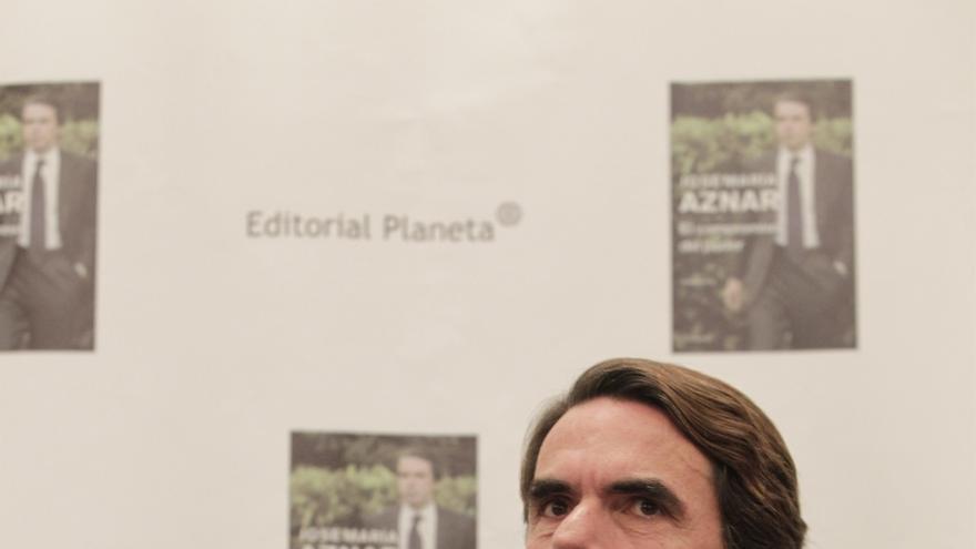 """Aznar despide a un """"aliado y amigo"""" y asegura que tiene """"puesto de honor cuando se habla de democracia"""""""
