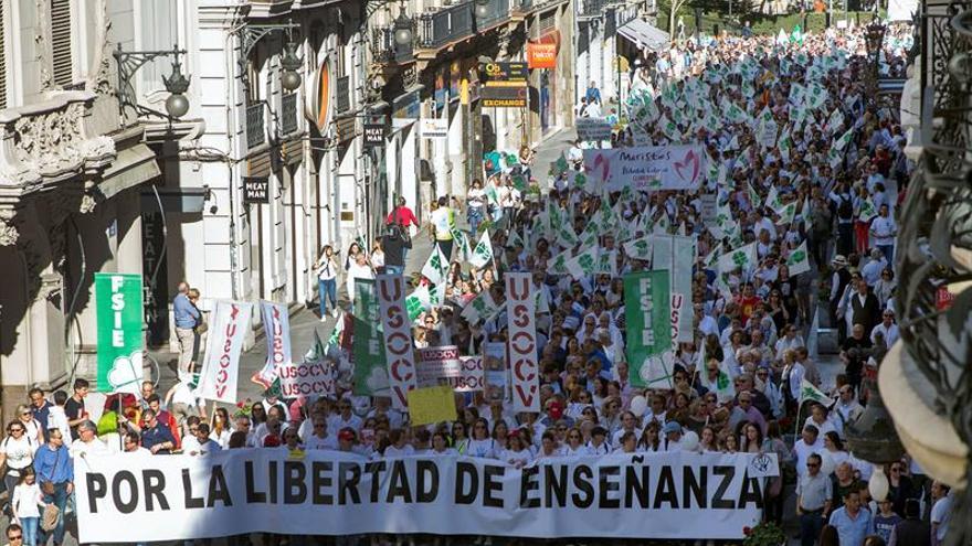 Defensores de la concertada claman en València por la libertad de enseñanza