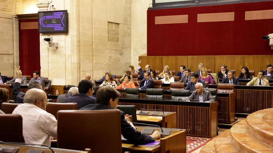 Pleno del Parlamento de Andalucía de octubre de 2014.