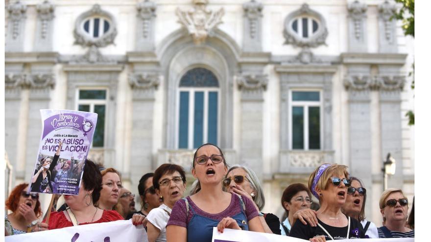 Manifestación feminista frente al Tribunal Supremo el 21/06/2019.