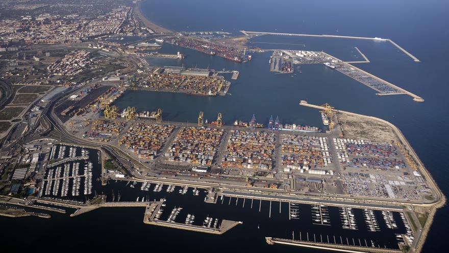 Vista aérea del Puerto de València