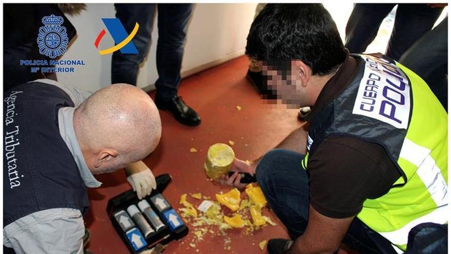 Intervienen una tonelada de cocaína en piñas y cae un importante traficante