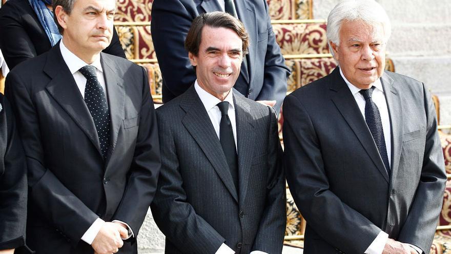 Los tres expresidentes del Gobierno: Felipe González, José María Aznar y José Luis Rodríguez Zapatero / EFE