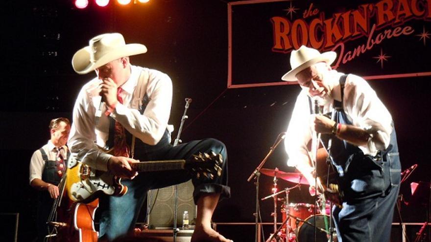 Dave & Deke Combo en el Rockin Race Jamboree 2013.