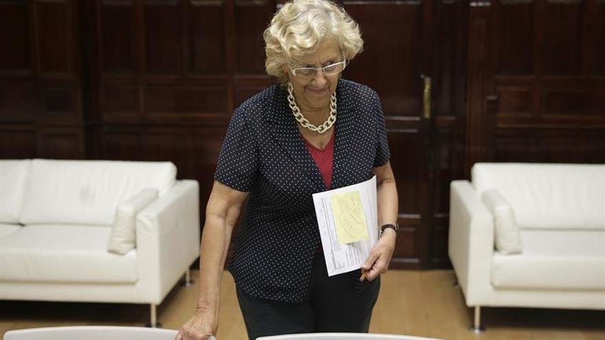 """Carmena dice que no es momento de """"pasar quejas de institución a institución"""""""