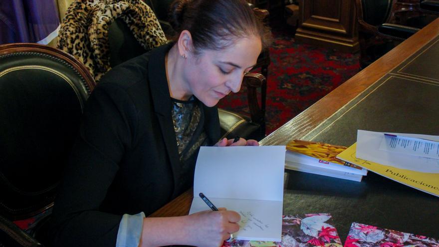 Susana Fuentes, escritora