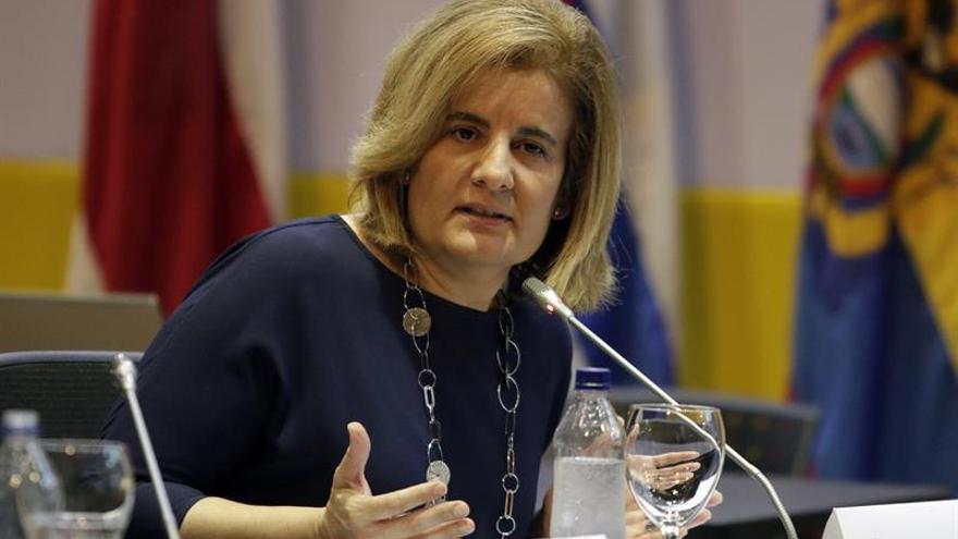 Báñez dice que el Parlamento andaluz no está para hacer campaña electoral