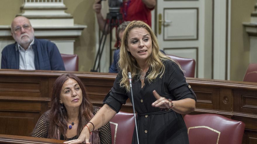 La secretaria general y portavoz parlamentaria de Podemos Canarias, Noemí Santana.