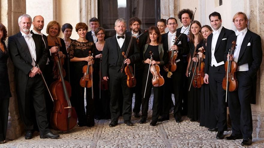 Europa Galante homenajeará este lunes a Vivaldi en un concierto en el Palacio de Festivales