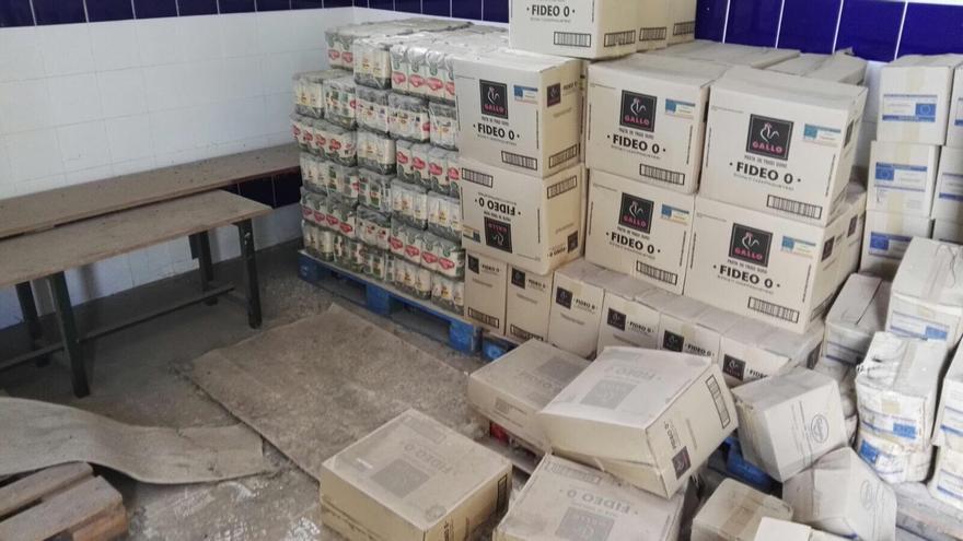 Cajas con los productos almacenados que no se repartieron
