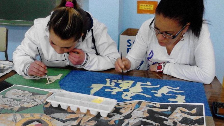 Los familiares participan en las actividades de los alumnos en el CEIP La Paz de Albacete