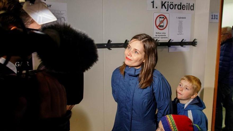 Los conservadores ganan las elecciones en Islandia pero dependen de un nuevo partido